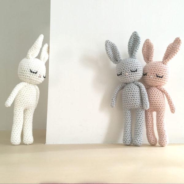 Une Pelote de laine - lapins en crochet