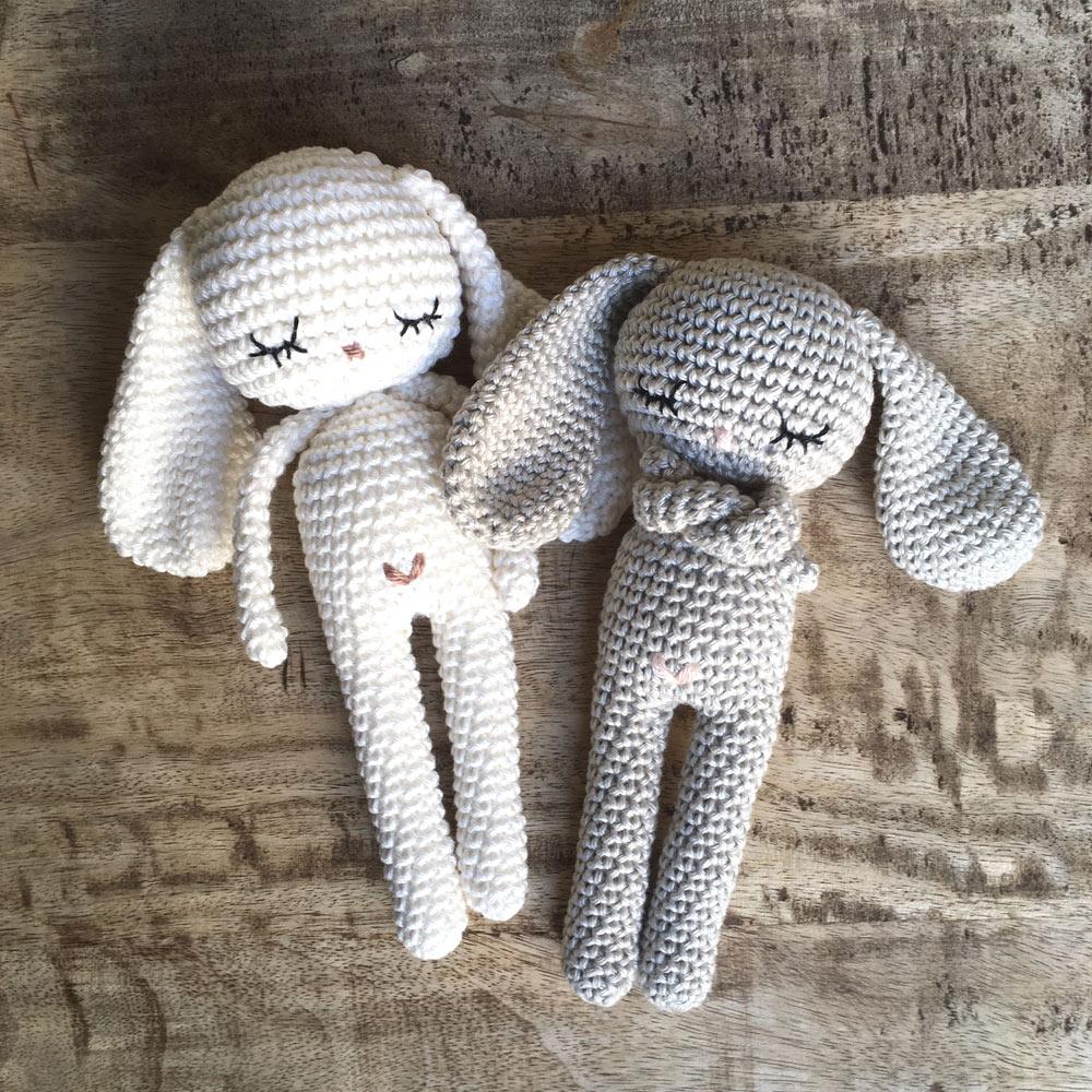 Pelote de laine - lapins en crochet